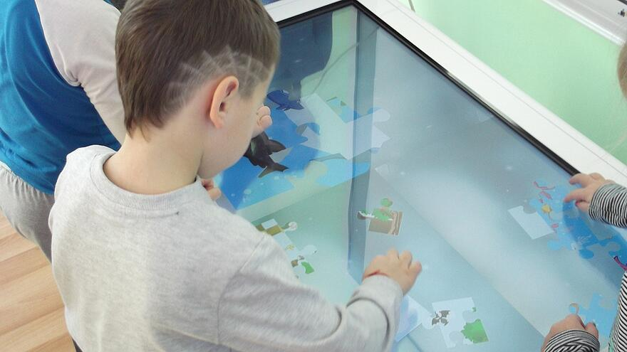 Children using Snowflake MultiTeach on a TouchWorld interactive display.jpg
