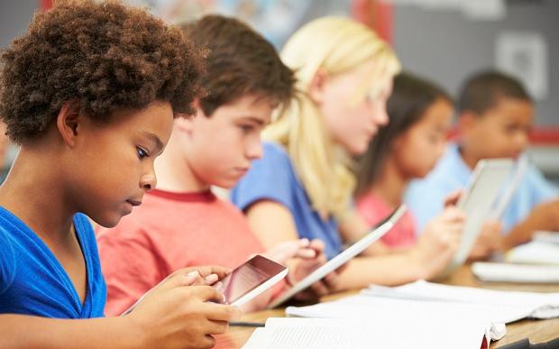 Multimedia_learning_in_the_classroom.jpg