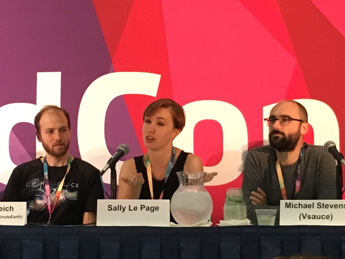 Sally_Le_Page_at_vidcon.jpg