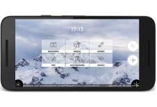 Snowflake on smartphone.jpg
